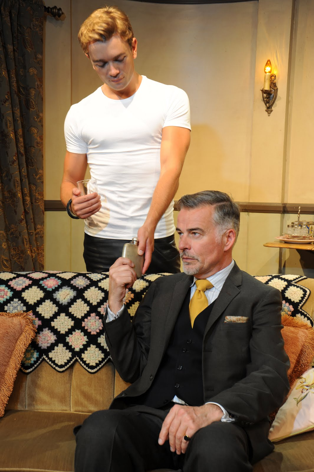 play review entertaining mr sloane Extract from entertaining mr sloane showing orton's edits  move sloane to the  wyndham theatre in the west end this time the telegraph review was slightly.