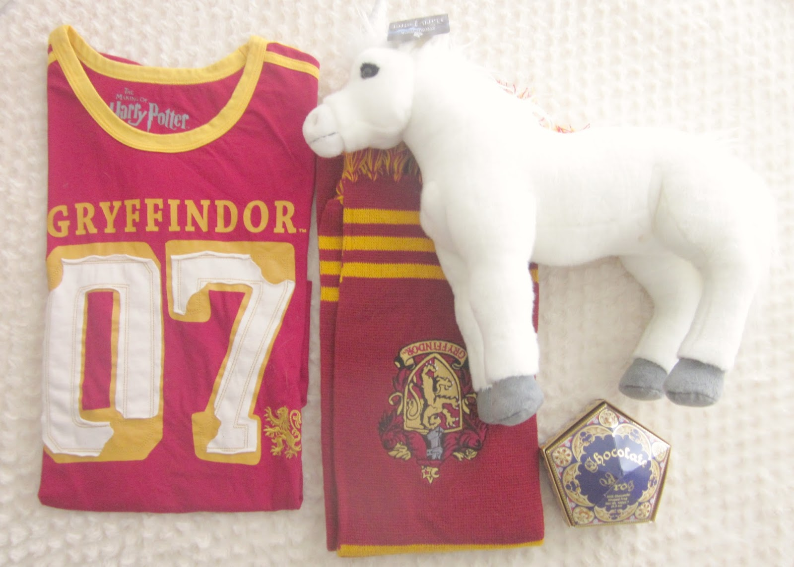 Harry Potter studios haul scarf unicorn