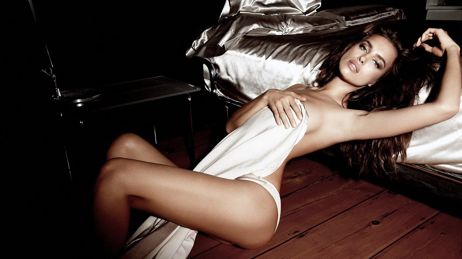 Hot Love Wallpaper In Hd : Irina Shayk Latest Hot HD Wallpapers 2013 World HD Wallpapers