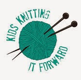 Kids Knitting it Forward