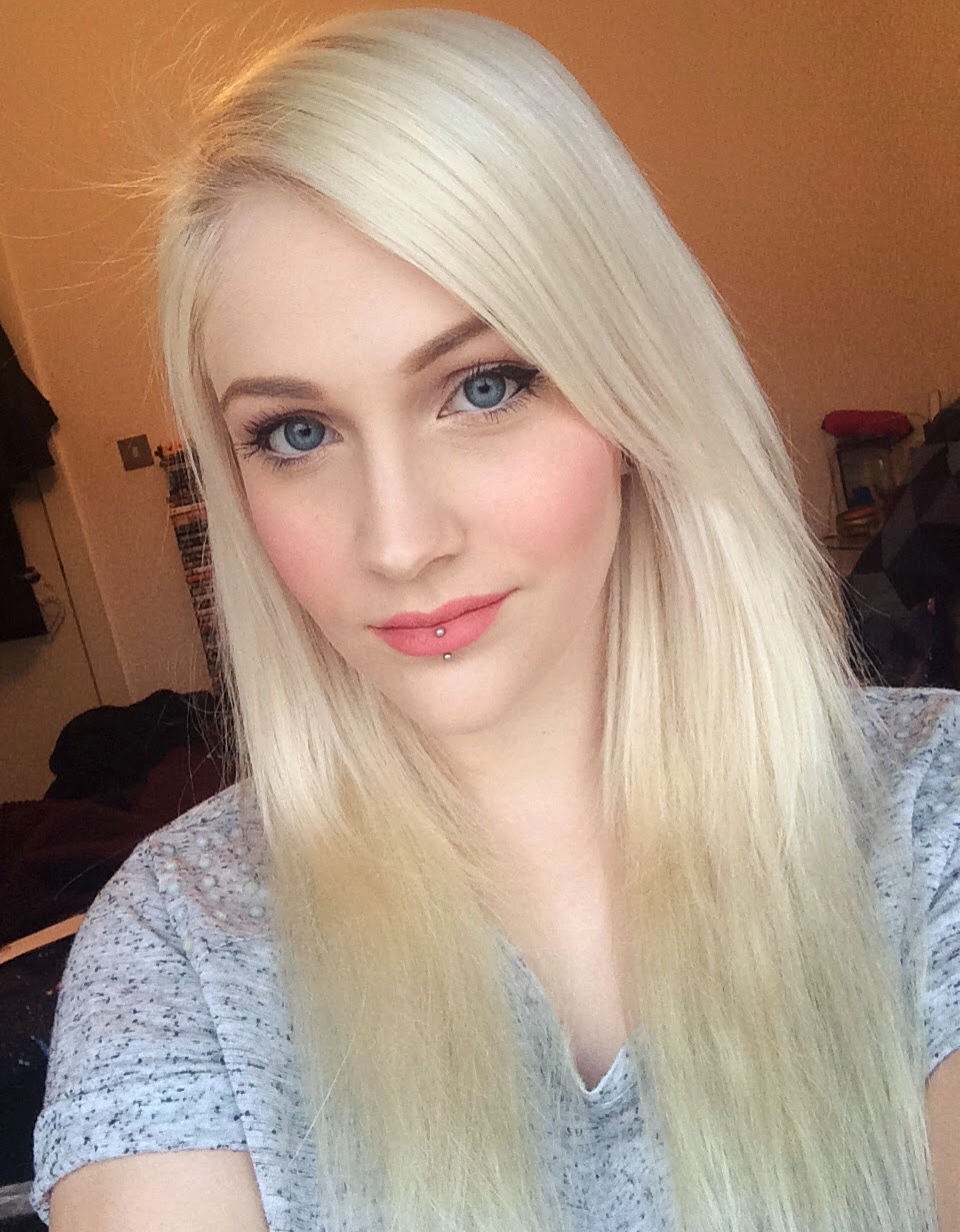 Hannahs Beauty Sweet Review Bleach Blonde Halo Hair Extensions
