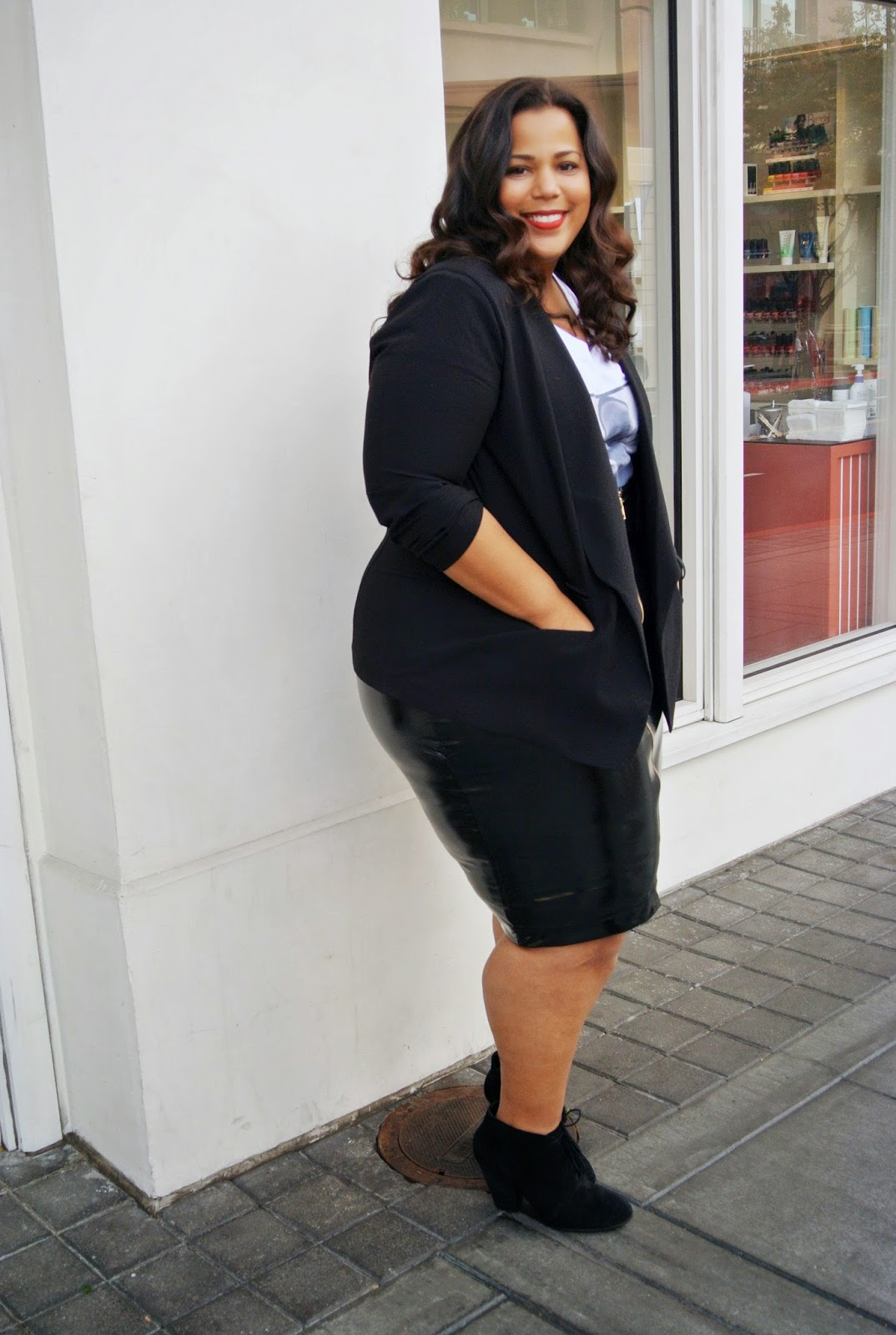 plus size patent leather skirt, Biggie T-shirt