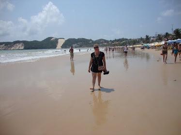 Natal/RN na praia de Ponta Negra, em frente ao moro do careca