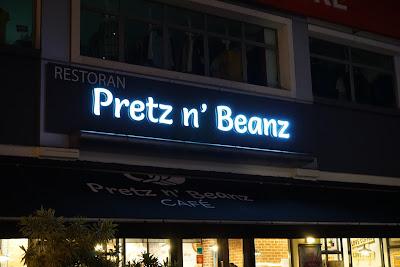 Pretzel dan Kopi Sedap di Cafe Pretz n' Beanz