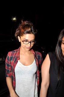 Deepika Padukone at Ranbir kapoor's birthday bash