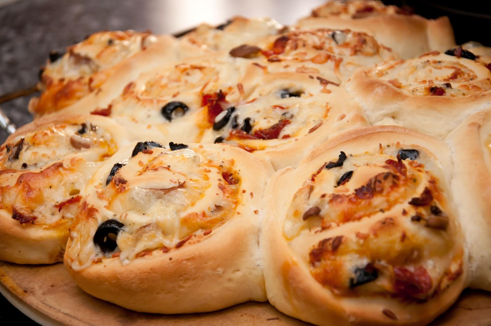 Project Bazaar: Guest Post Recipe: Pizza Rolls