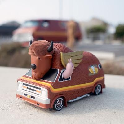 The Bison Van Vinyl Figure by Jeremy Fish x 3DRetro