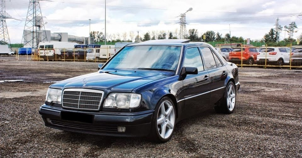 Mercedes benz w124 e500 on r19 amg wheels benztuning for Mercedes benz w124 amg