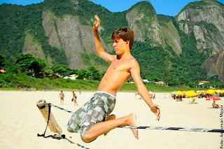 172026 142001825863676 100001615772626 288038 3580621 o - Entrevista com Gabriel Aglio - Campeão Brasileiro de Slackline