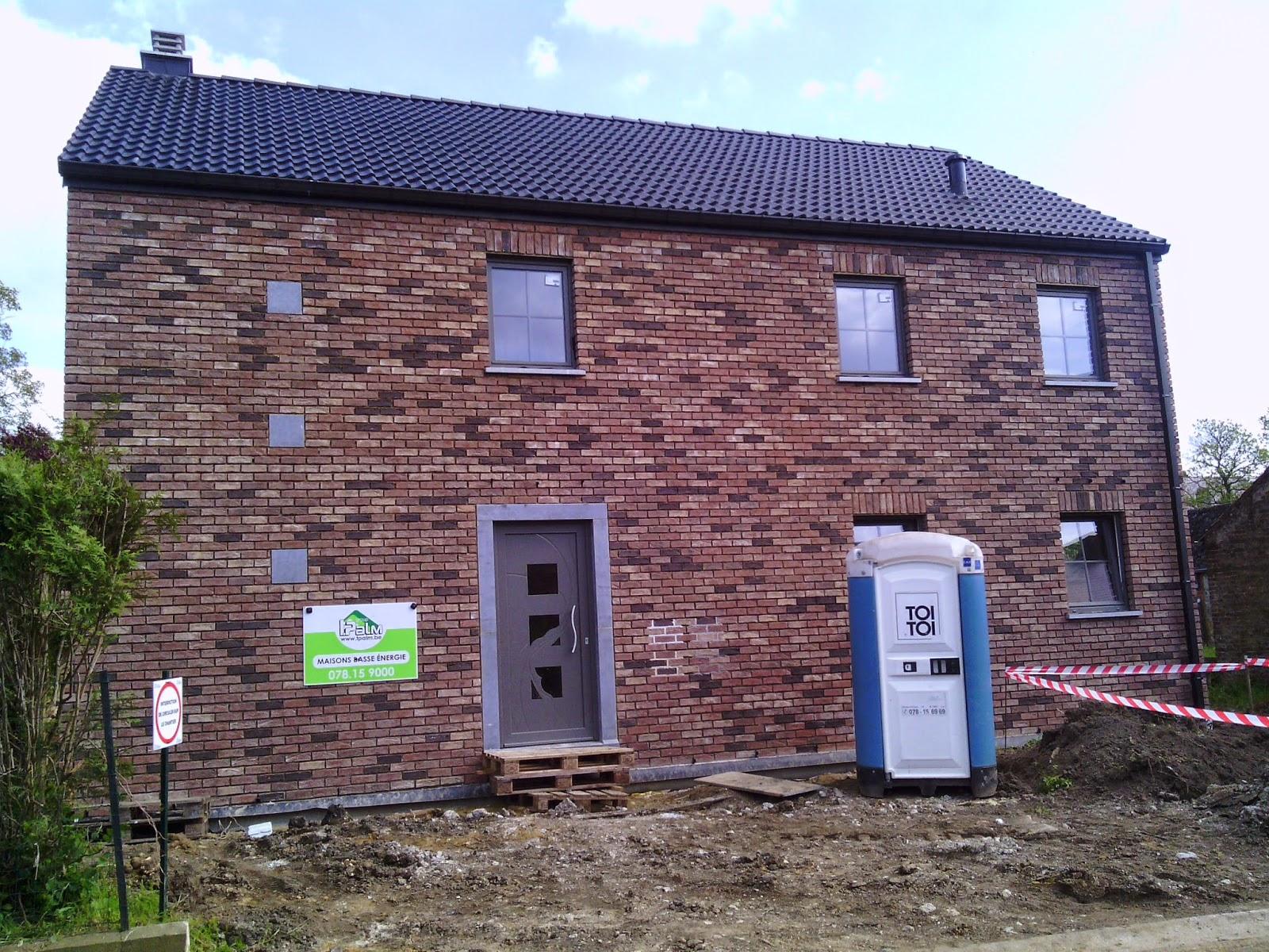 La construction de notre maison par t palm tranch e pour - Tranchee pour raccordement maison ...