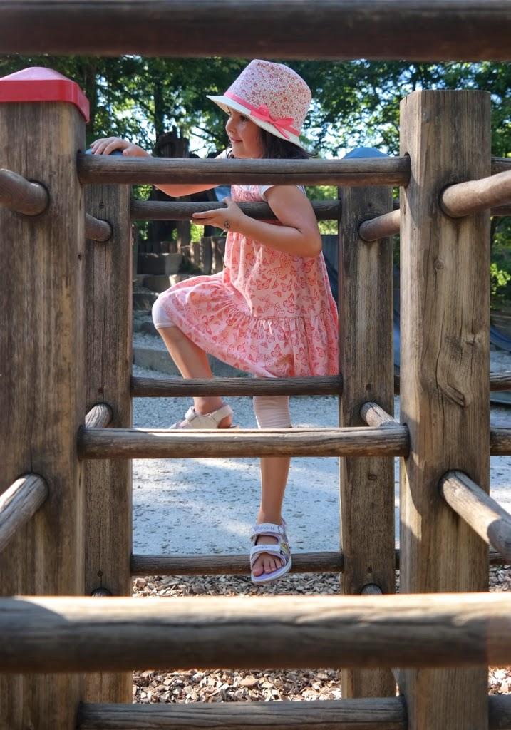 Parque infantil - Tierpark Lange Erlen Basel Suíça