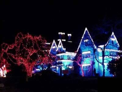 Pgh Momtourage: Hartwood Acres Celebration of Lights
