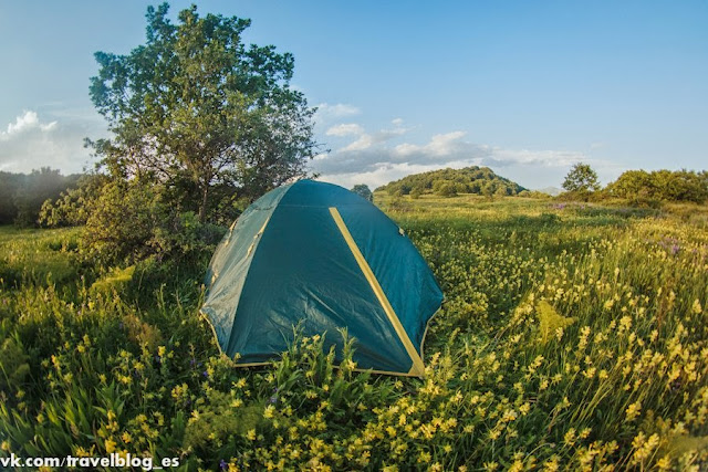 Ночевка у подножья горы Арагац