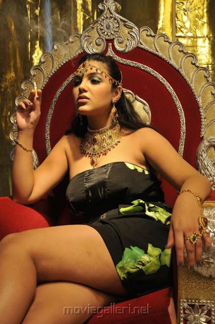 Priyanka Tiwari Hot