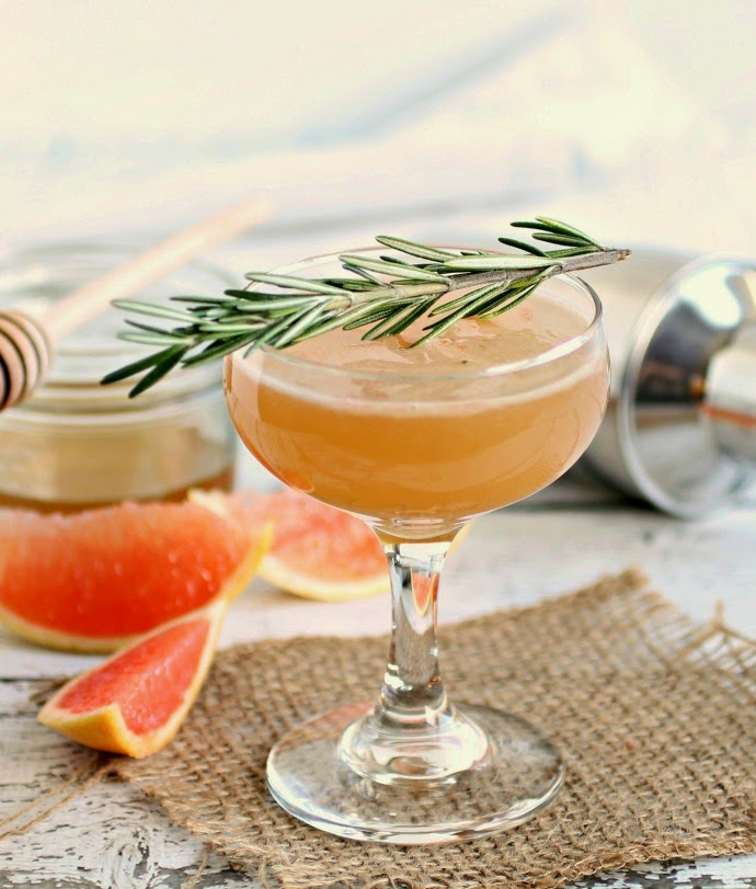 Honey Grapefruit Bourbon Smash