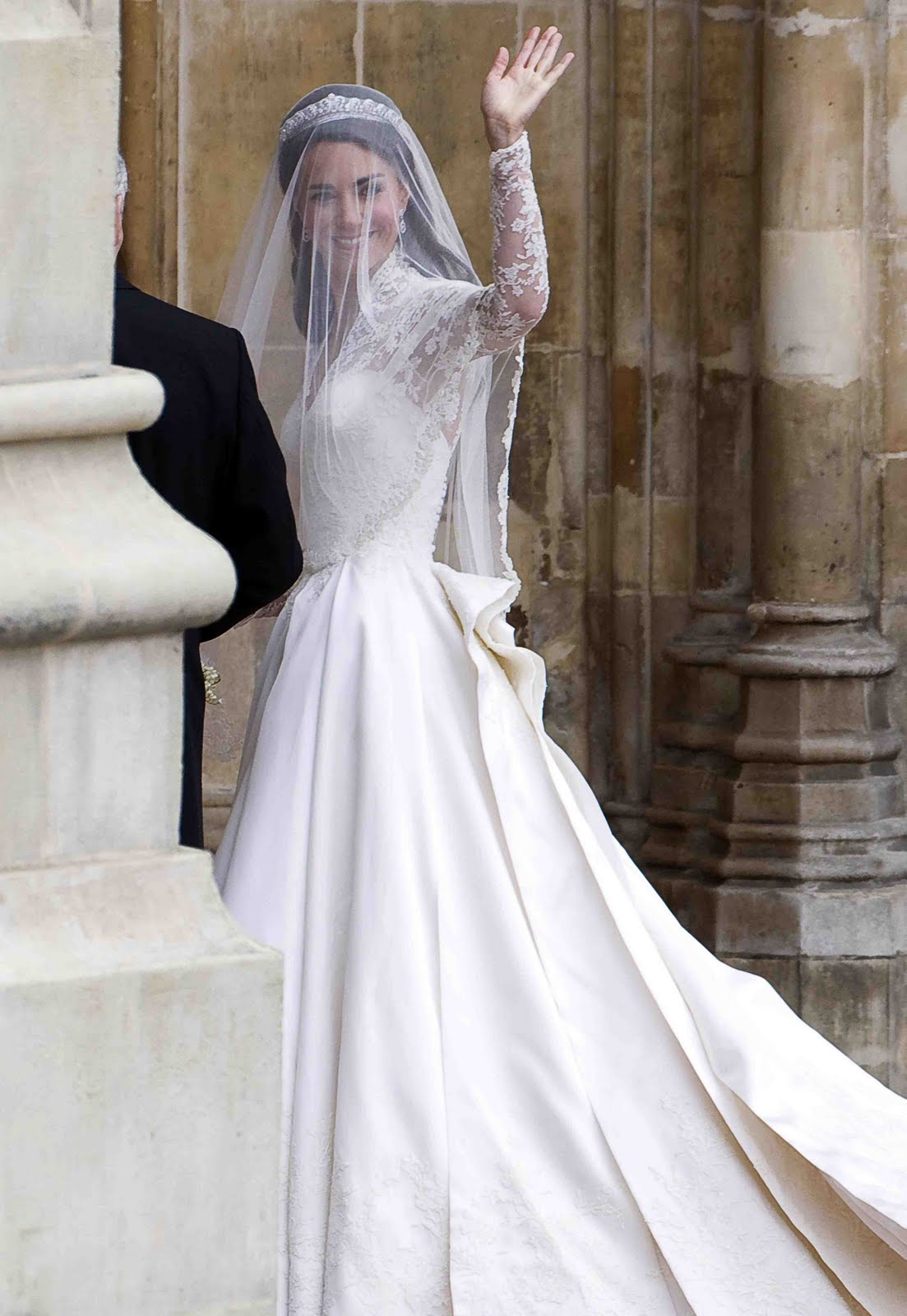 Boundless obsessions fit for a princess fashion details for Princess catherine wedding dress