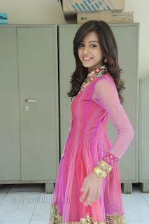 Vithika Sheru Gorgeous Pictures Gallery 009