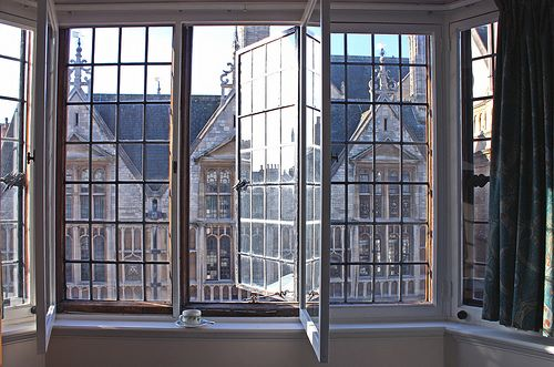 INTERIORS | A WINDOW IS OPEN