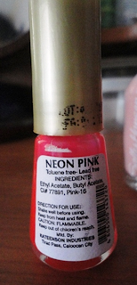 Twinkle nail polish in Neon Pink @ Beauty Bunker