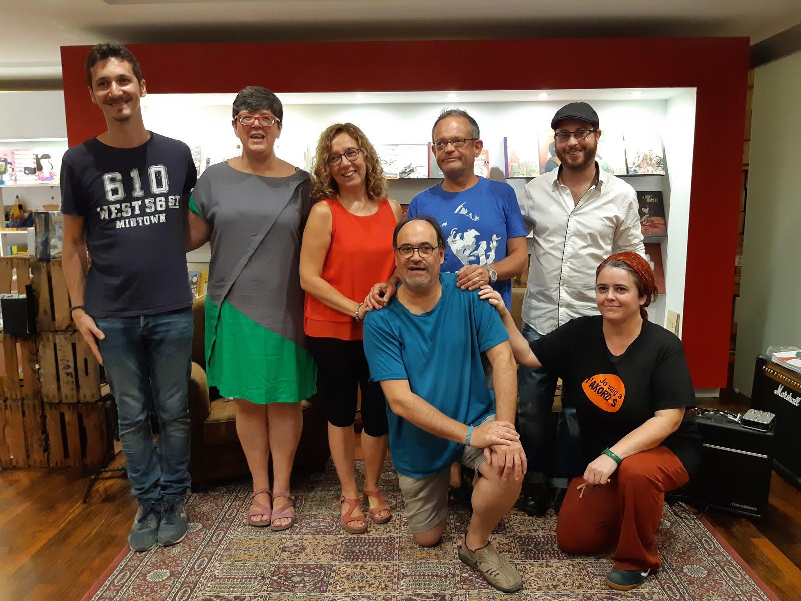 """Presentació """"Llunes d'atzabeja"""" a L'Argonauta (Balaguer)"""