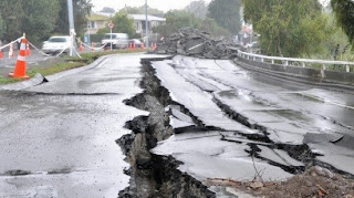 Earthquakes has damage effects on the roads