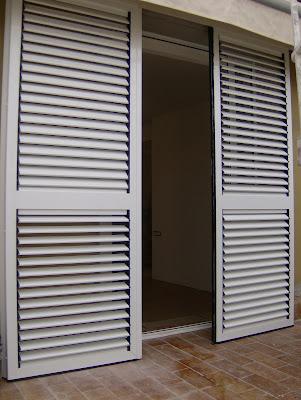 Puertas y venatanas de aluminio en girona mallorquina de - Puertas mallorquinas ...