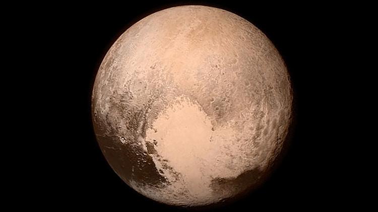 Descubrimientos más inesperados de Plutón