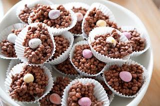 crispy cakes,chocolate crispy cakes,rice crispy cake recipe,chocolate cake recipe,rice krispies treats recipe