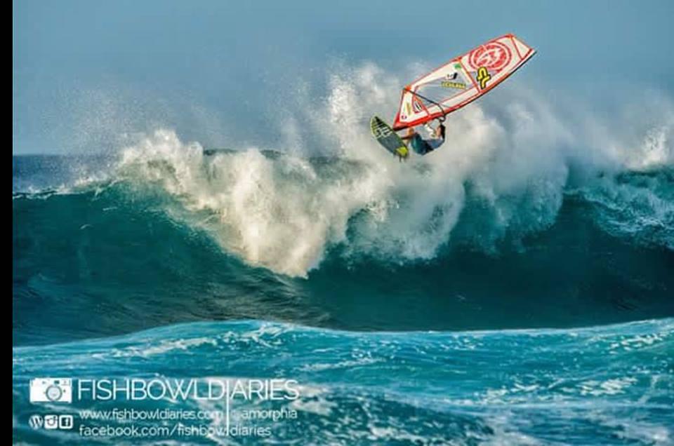 Maui surf report 10 30 15 morning call for Fish bowl maui