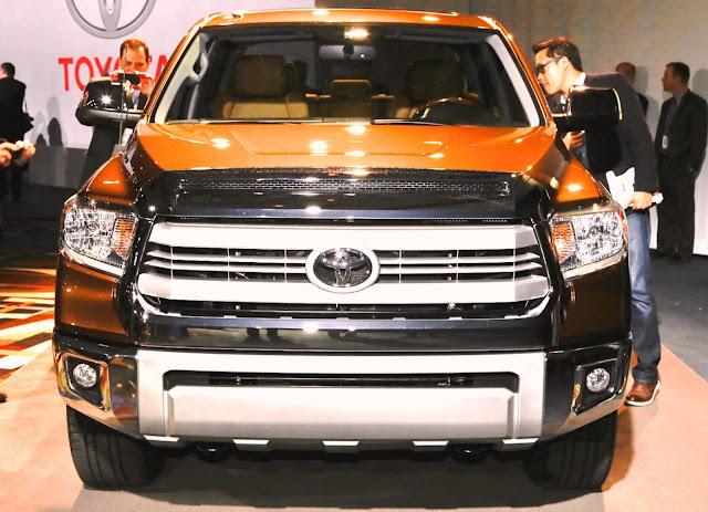 http://4.bp.blogspot.com/-q05R6qxaZrw/UbrLZCoWXaI/AAAAAAAAAoI/qYlKjWrZG1Y/s1600/2014-Toyota-Tundra-1794-Edition-front-grille-3.jpg