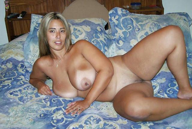 фото голых широкобедрых женщин
