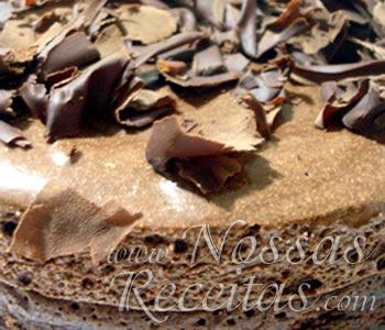 Receita de Torta Mousse preparada com Chocolate