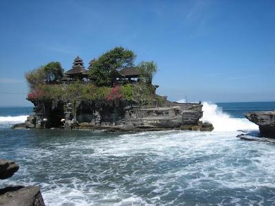 لمعبد بورا تاناه لوت في اندونيسيا (صوور  Pura+Tanah+Lot+1
