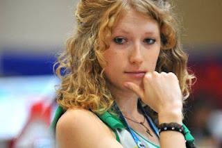 Échecs à Istanbul : Ana Rudolf (2289) est l'échiquier n°3 de l'équipe féminine hongroise © site officiel