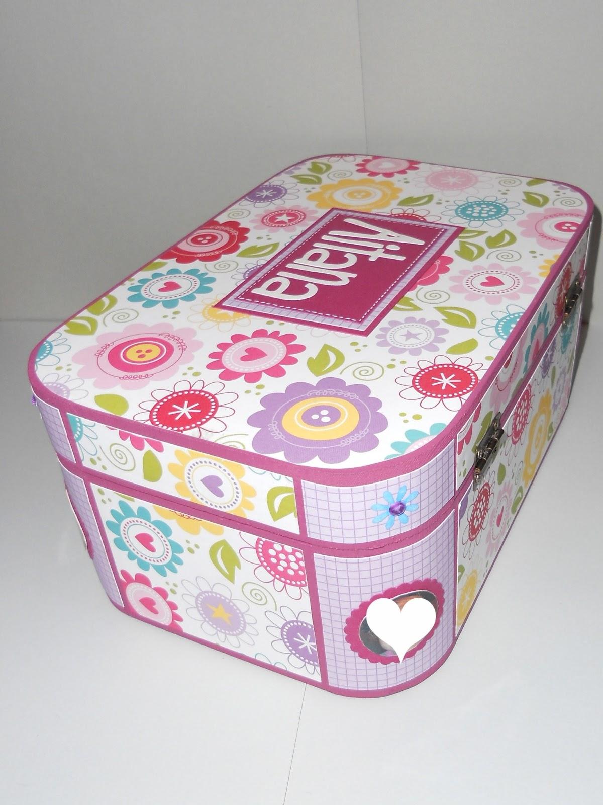 El para so de lau caja personalizada con nombre y fotos for Cajas personalizadas con fotos