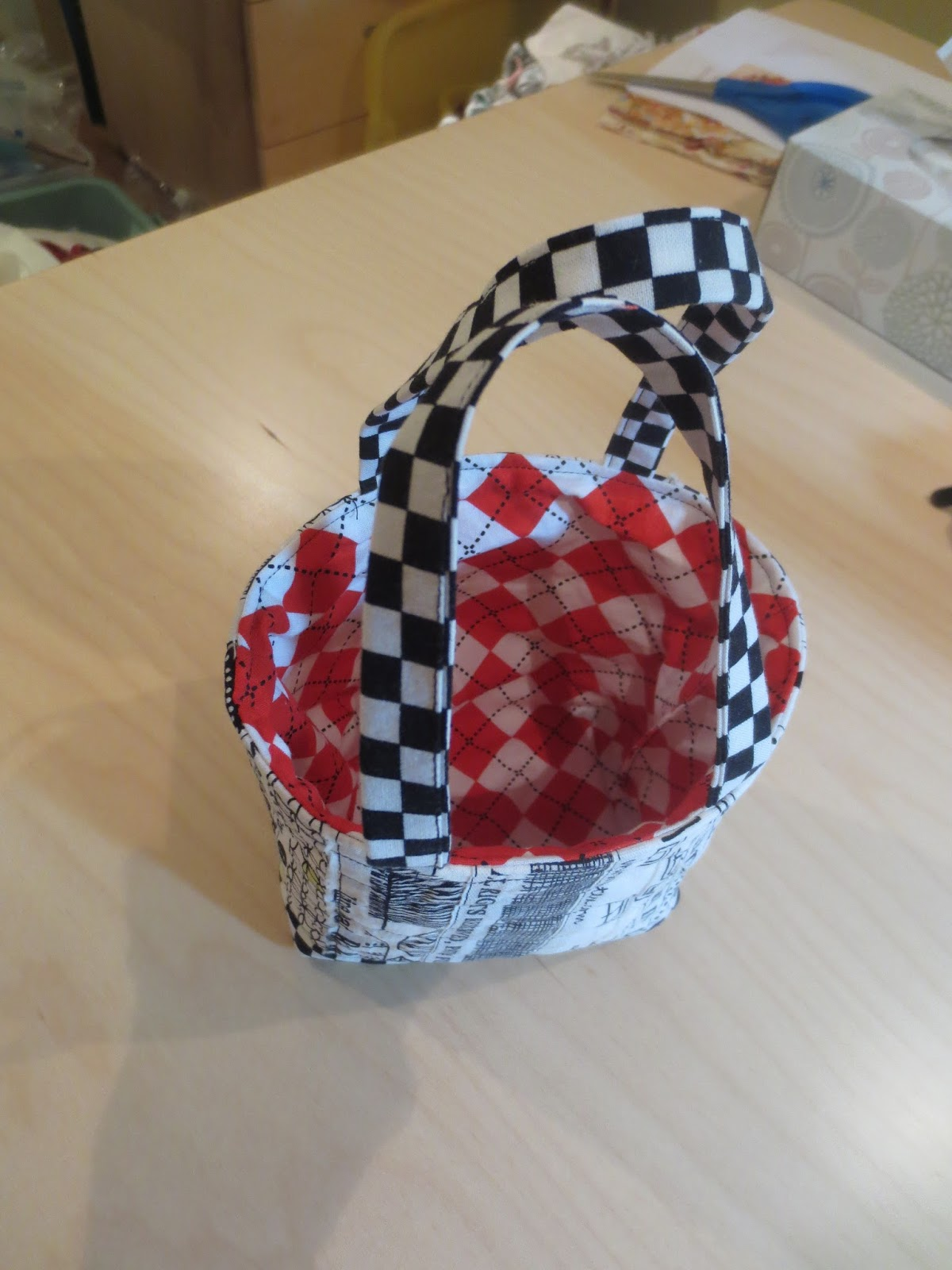 The Cozy Quilter: Modern Quilt Guild Gift Exchange