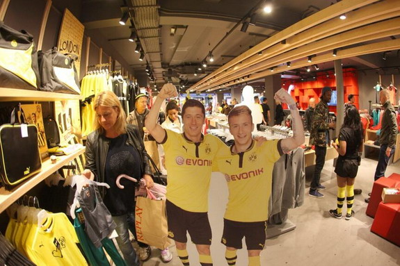 Robert Lewandowski & Marco Reus carboards at the Puma store