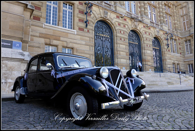 Citroën Traction Avant Versailles town hall mairie