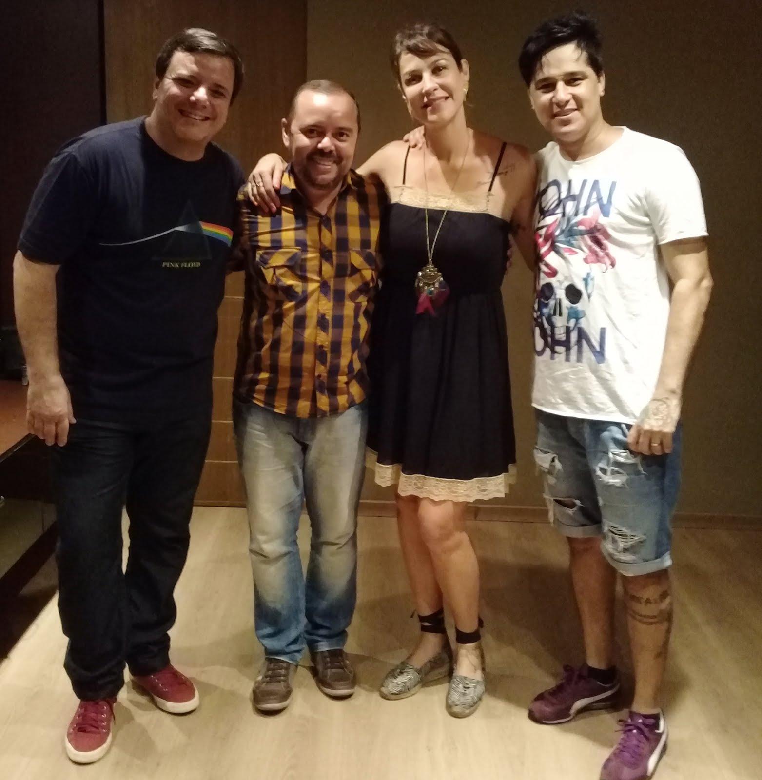 Com os atores Luana Piovani, Thelmo Fernandes e Omar Menezes
