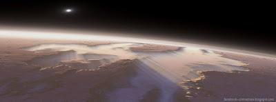 Couverture facebook le plus grand canyon du système solaire