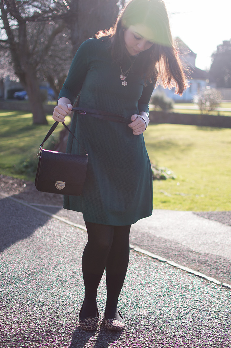 HOW TO WEAR 60S SWING DRESS