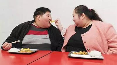 Demi Mendapatkan Momongan Pasangan Gemuk Ini Operasi Lambung