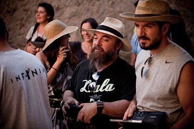 Jorge Torregrossa (dcha) y Johnny Yebra en rodaje
