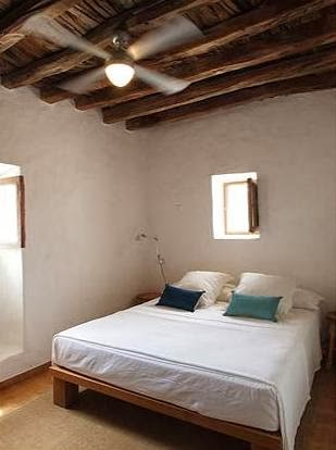 cama de madera exótica