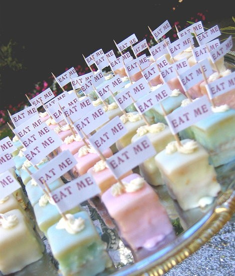 CRAZY ABOUT WEDDINGS: candy bar ideas...