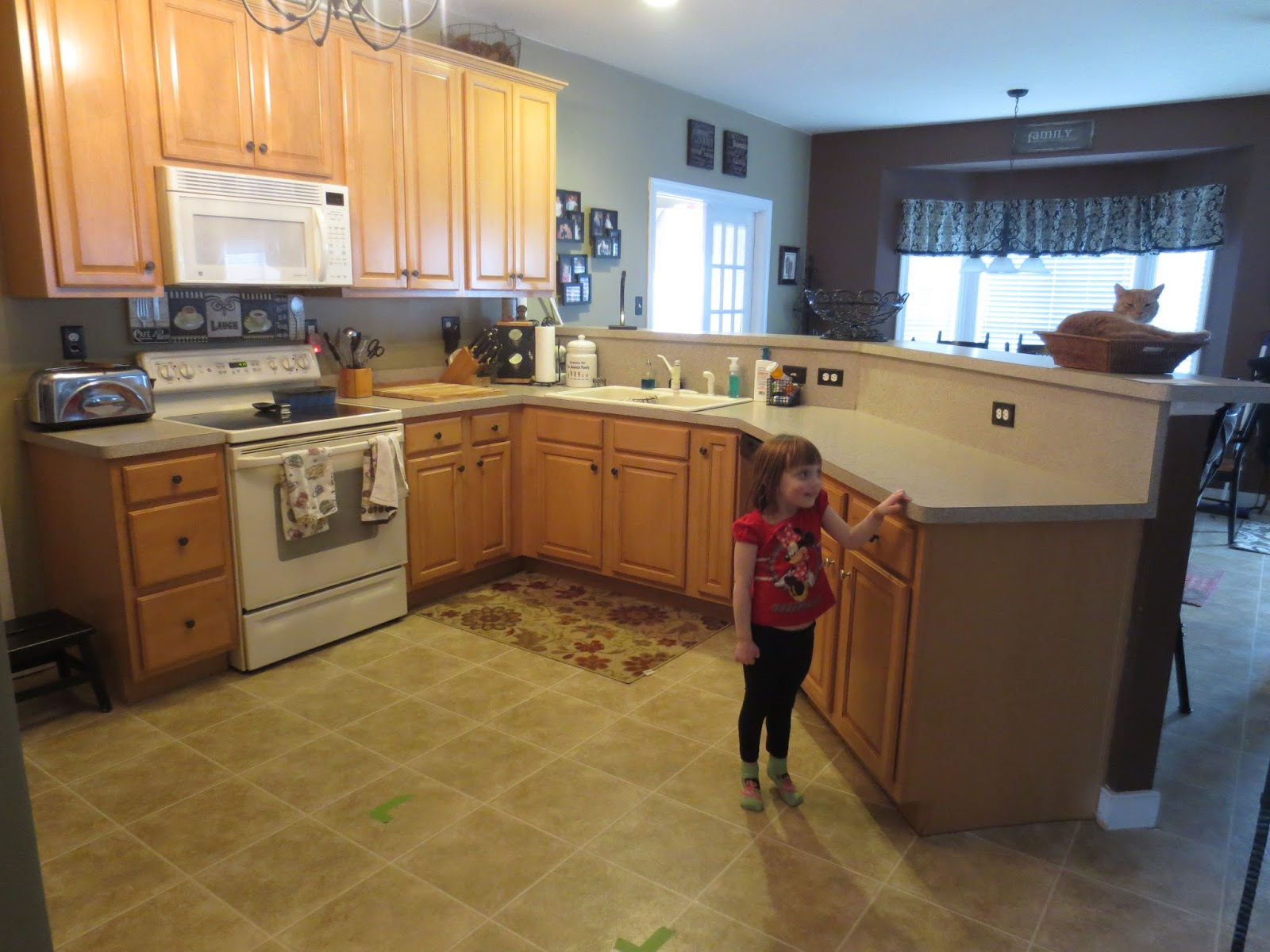 Floating Floor Kitchen Down To Earth Style Nosey Neighbor Kitchen Redo 1