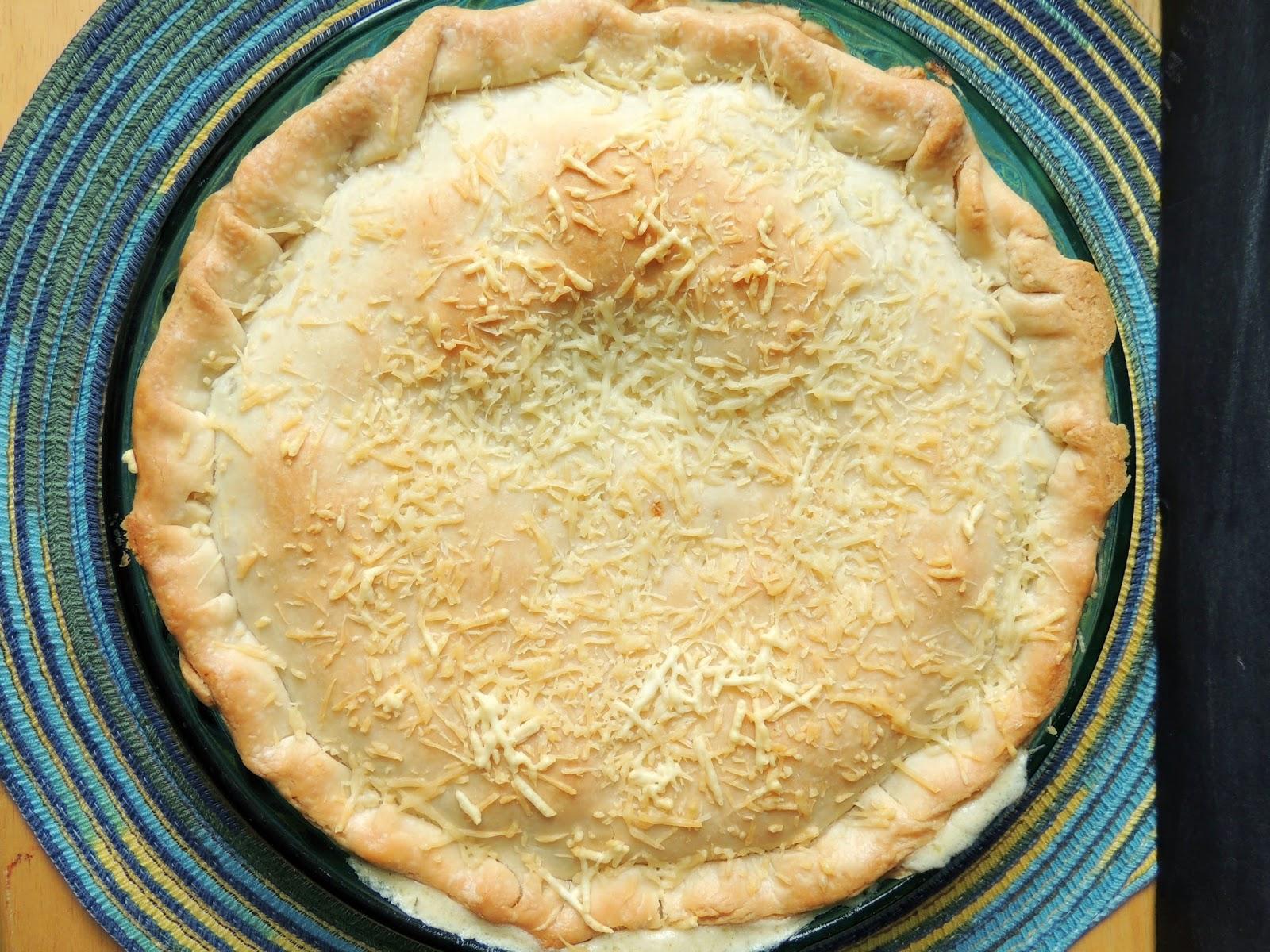 Creamy Parmesan Basil Chicken Pot Pie via thefrugalfoodiemama.com # ...