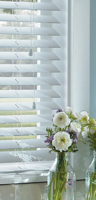Blinds 4 Less Horizontal Blinds Vs Plantation Shutters How To Choose The Right