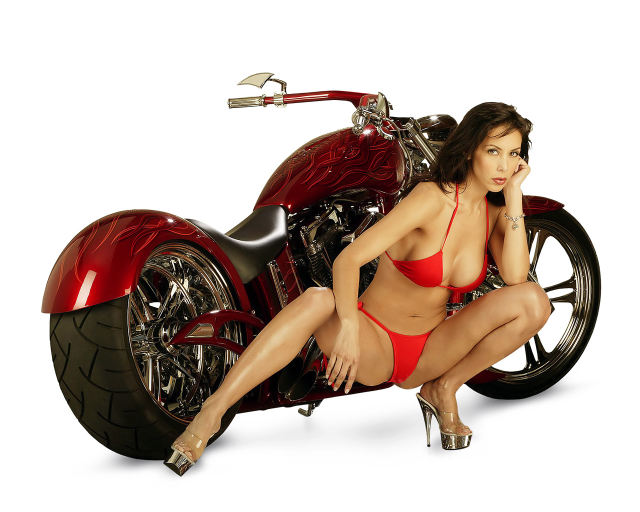 http://4.bp.blogspot.com/-q2NJGCw0Ti8/TXYNiXCqYcI/AAAAAAAAJjE/ZTinYmgulPs/s1600/Red_Flame_Custom_and_Hot_Brunette_wallpaper.jpg