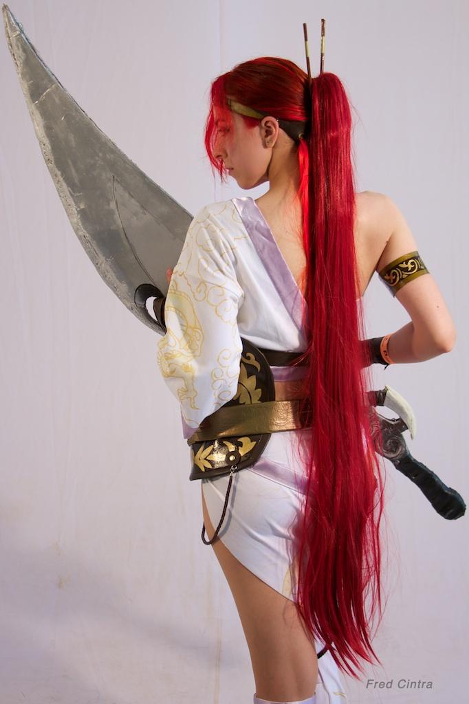 HOT AND SEXY COSPLAY: Heavenly Sword - Nariko pt 1